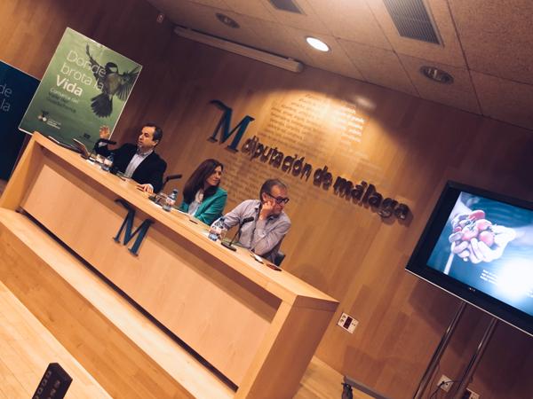 Presentando la marca del valle Guadalhorce en la diputación de Málaga