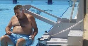 Elevador para piscinas portátil