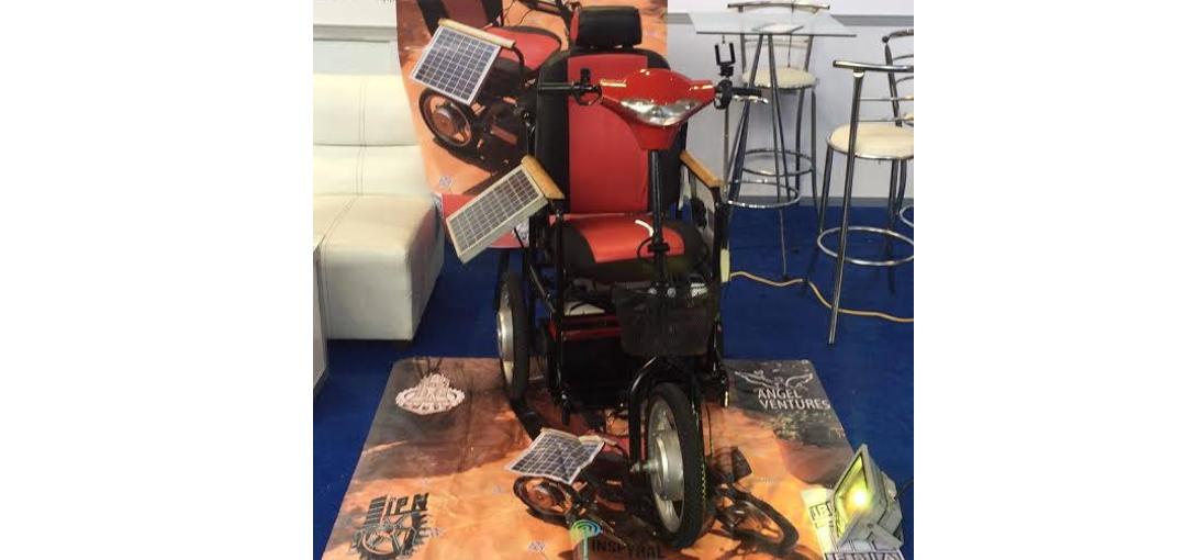 silla de ruedas con placas solares