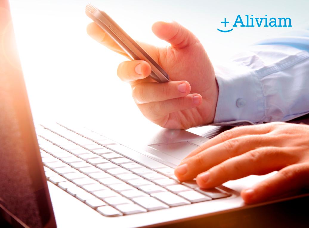 Dolor cervical, el mal de trabajar delante del ordenador o abusar del móvil