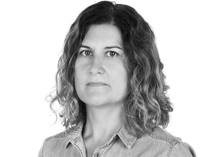 Victoria Mateu Sitjar, secretaria